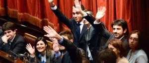 Gasparri: «Aprite gli occhi, la politica di Grillo e Casaleggio è schizofrenica»