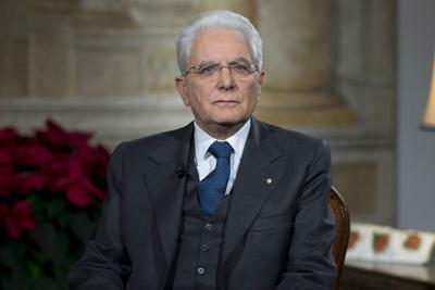 """Mattarella: """"Servono nuove regole elettorali"""" . Il  primo problema? Il lavoro"""