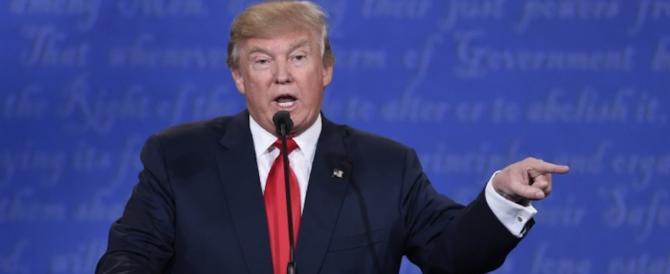 Trump mantiene la promessa e firma il decreto per smantellare l'Obamacare