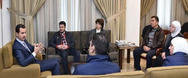 Assad incontra gli imprenditori: «Grazie per non aver lasciato la Siria»
