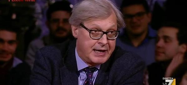 Sgarbi ora imita la Raggi: l'affondo del critico a Piazzapulita (video)