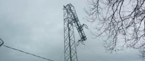 Maltempo, è emergenza elettrica in Abruzzo: in 300.000 senza luce