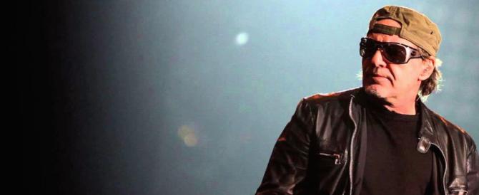 In 200mila al concerto di Vasco Rossi, allarme Isis: vietati anche i bastoni dei selfie