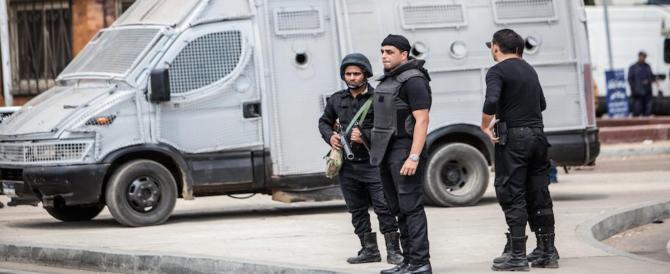 Attentato nel Sinai: camion bomba esplode al check point: 6 morti e 12 feriti