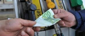 Ecco le tasse che paghiamo sulla benzina. In arrivo altri aumenti