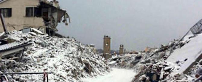 Abruzzo, cimiteri chiusi per la neve, impossibile seppellire i morti