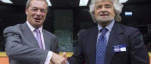 """Sul web la base scatenata contro Grillo: stritolato per la """"tripla capriola carpiata"""""""