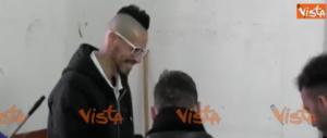 Marek Hamsik inforna una pizza per i giovani detenuti di Nisida (video)