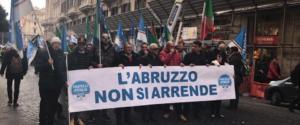 Dall'Abruzzo un urlo: «Non ci arrendiamo»