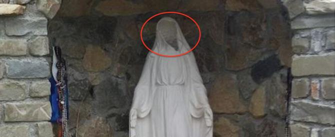 Il volto della Madonna di Medjugorie preso a sassate: è stato un musulmano?