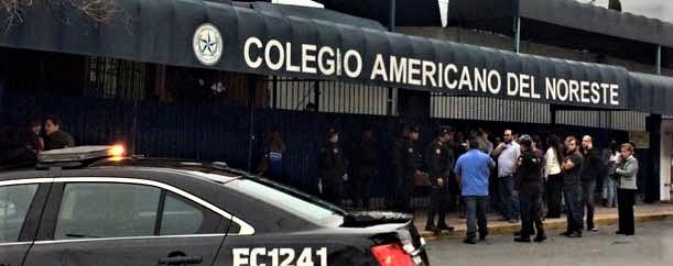 Messico: dodicenne spara ai compagni del college, tre morti