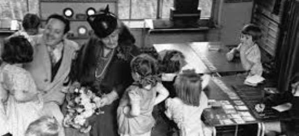 Maria Montessori, oltre un secolo di scontri con le teorie progressiste