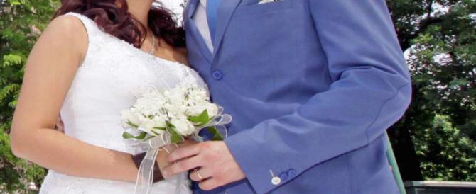 Sposa compiacente, falsi testimoni, foto di rito. E il permesso di soggiorno