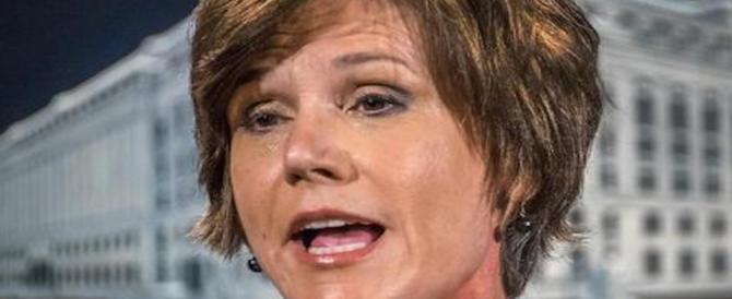Chi è Sally Yates, l'obamiana licenziata per il no al Muslim Ban di Trump