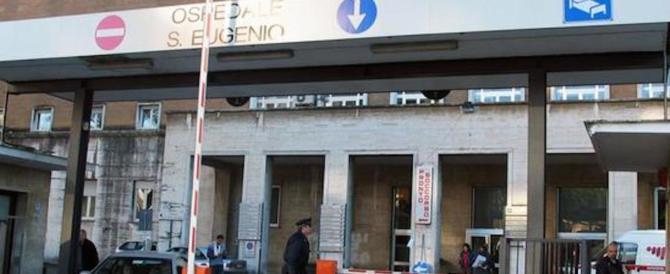 Sgomberi a Roma, cede una grata: poliziotto in prognosi riservata