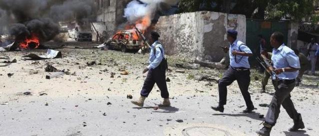 Somalia: gli islamici uccidono 14 civili. È il risultato della fuga dell'Occidente