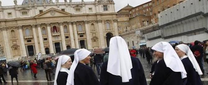 """Migliaia di sacerdoti e suore tornano """"al mondo"""". Allarme in Vaticano"""