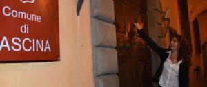 Cascina, la giovane leghista diventata sindaco firma l'ordinanza anti-rom