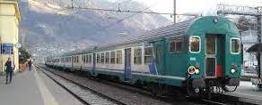 Un biglietto dell'Isis annuncia attentati sui treni italiani. Scatta l'allarme