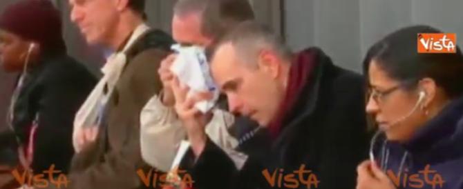 Un treno deraglia a New York, le immagini dei feriti (video)