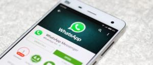 """Privacy a rischio su WhatsApp: """"C'è una falla. Ecco come ci spiano"""""""
