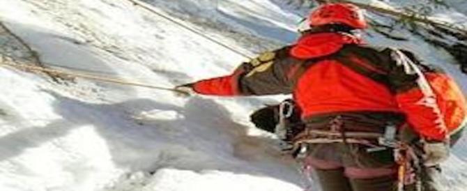 Crolla una cascata di ghiaccio: morti 4 alpinisti in Valle d'Aosta