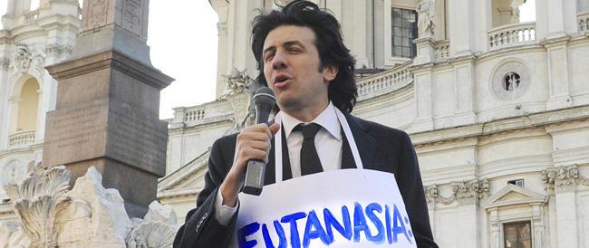"""Eutanasia dj Fabo, Cappato resta indagato: ma lui """"tira dritto"""""""