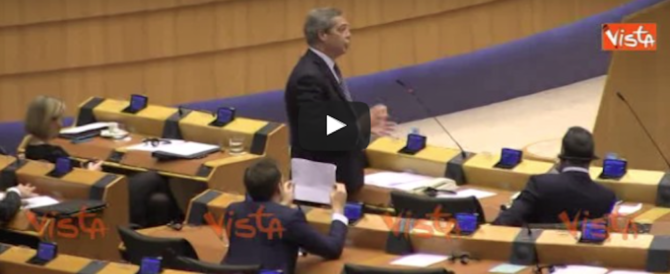 "Farage contro i ""nemici"" di Trump: «Dov'eravate quando Obama…» (video)"
