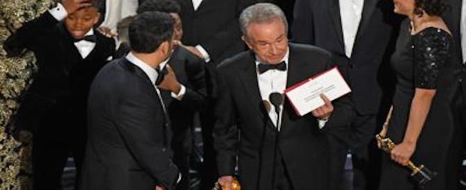 Gaffes agli Oscar passate alla storia: ecco l'elenco delle prime 3 sul podio