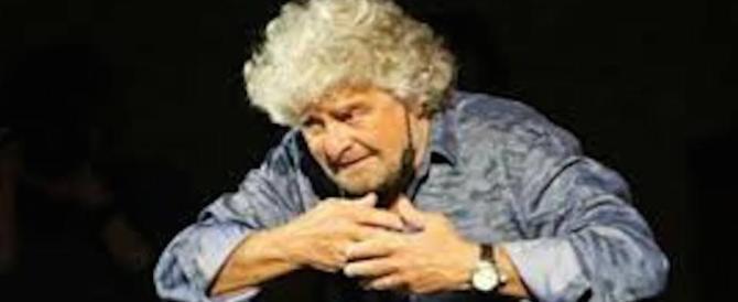 Grillo si veste da Papa laico e nomina i Santi del calendario 2017