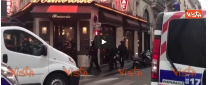 Attacco al Louvre, ecco come intervengono le forze speciali (VIDEO)