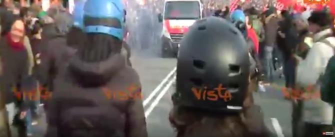 Intolleranza e violenze a Genova, ma il sindaco Doria è soddisfatto… (video)