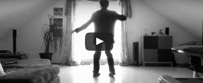 """Ecco chi è, e come è nato, il ballerino del """"contagioso"""" spot della Tim (video)"""