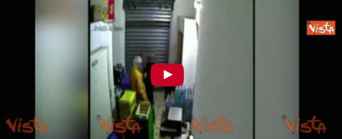 Mafia, summit dei boss in cella frigorifera interrotto dagli agenti: 6 arresti (video)