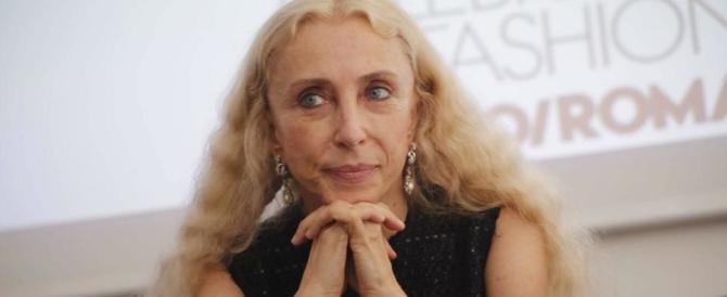 In ricordo di Franca Sozzani: modelle, politici, stilisti alla messa di suffragio (video)