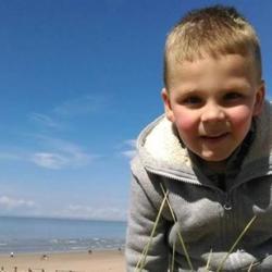 Choc in francia uccidono il figlio di 5 anni perch ha - Pipi a letto a 4 anni ...