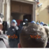 "Scontri davanti alla sede del Pd: tassisti e ambulanti gridano ""buffoni""  (VIDEO)"