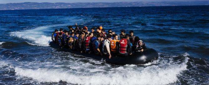 """Migranti, il centrodestra: """"Le Ong che non firmano il codice sono fuorilegge"""""""