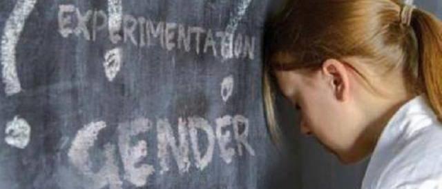 Lezioni scolastiche sui gay: in Piemonte scoppia la rivolta dei genitori