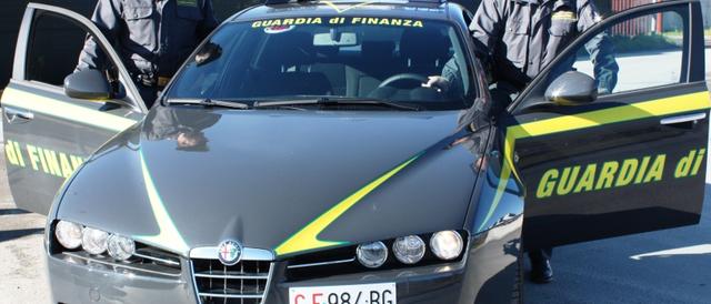 Dramma a Genova, a 16 anni si getta dalla finestra per pochi grammi di fumo