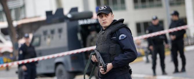 Erano pronti ad attaccare in Europa: fermati jihadisti con passaporti Ue