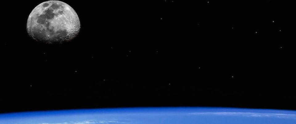 L'annuncio di Musk: nel 2018 i primi due turisti spaziali attorno alla Luna