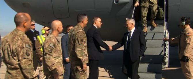 """Iraq, visita a sorpresa di Mattis: """"Non prenderemo il petrolio di nessuno"""""""