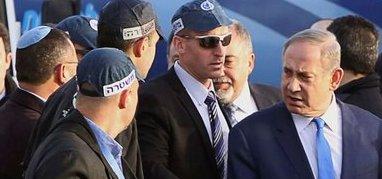 """Israele, la sinistra attacca Netanyahu per un incontro """"segreto"""" con Kerry"""