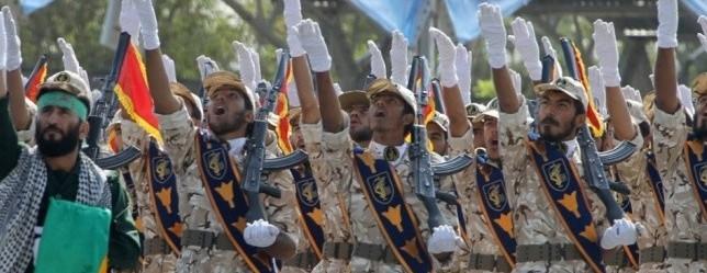 Tensione Iran-Usa, i Pasdaran: «Missili sulle teste del nostri nemici…»