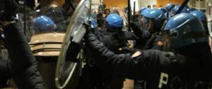 Bologna, gogna dei collettivi sulla ragazza che dissente. Manca solo la taglia