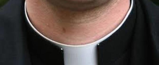 Napoli, festini gay con un parroco: un dossier inviato alla Curia