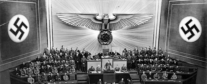 """Polemiche sul mini-Reichstag a Mosca. Berlino: """"È sorprendente"""""""