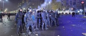 Romania, 250mila in piazza contro il governo socialista: «Aiuta i corrotti»