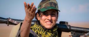 """Siria, i curdi vanno alla guerra contro la """"capitale"""" dell'Isis Raqqa"""